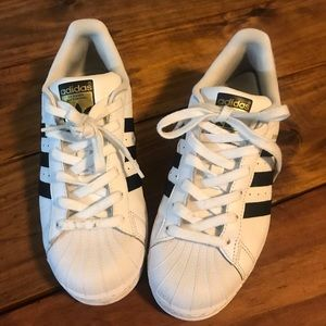 ADIDAS YOUTH SUPERSTAR SHOES